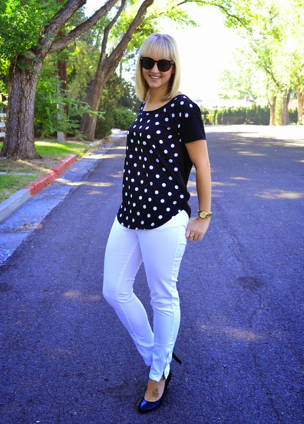 polka dot shirt, white jeans, black heels