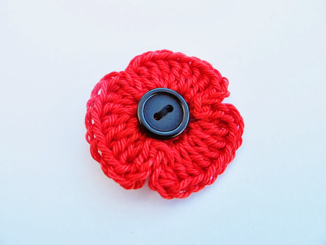 remembrance style crochet poppy