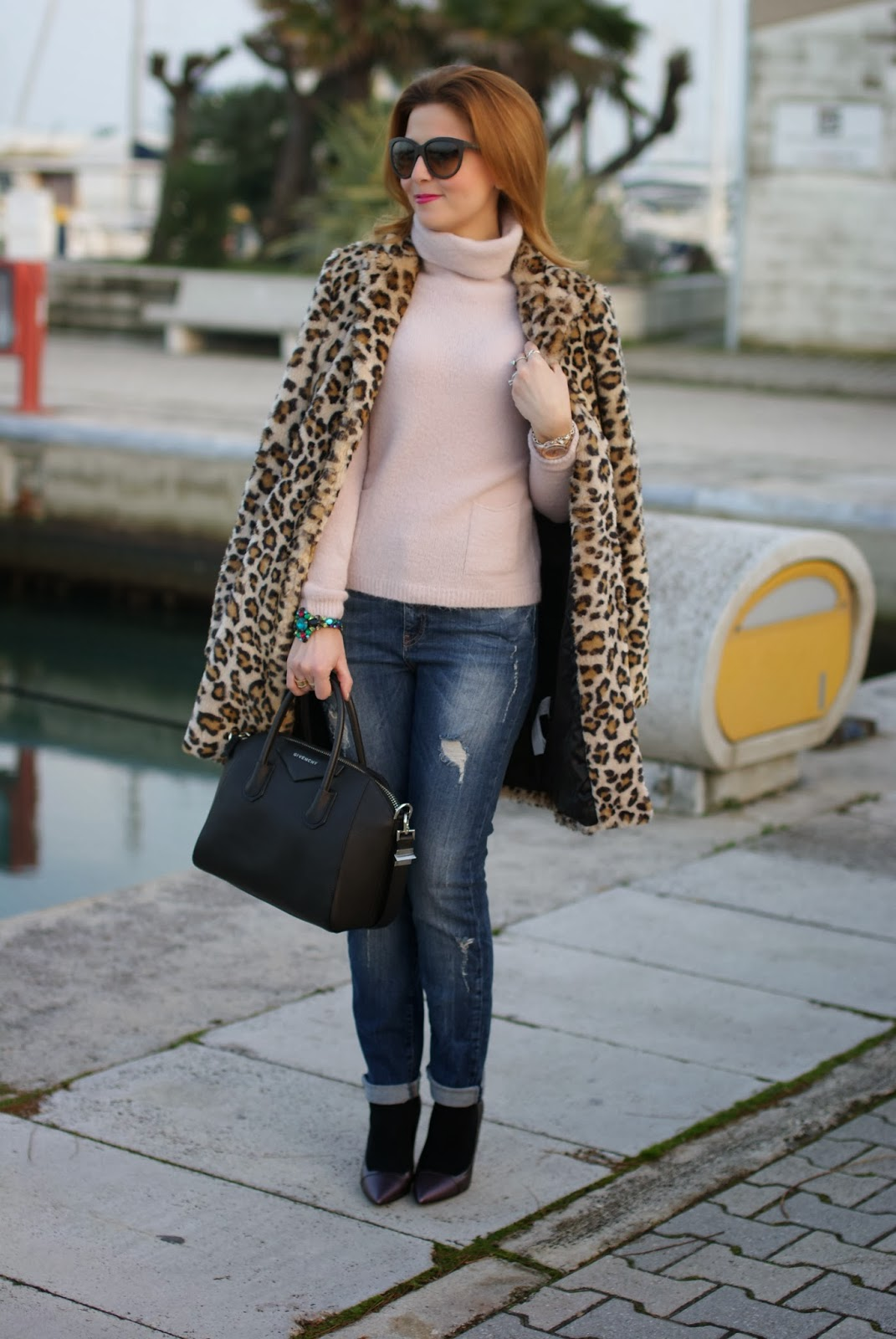 zara leopard coat, leopard faux fur coat, pink sweater, fabi heels, givenchy antigona bag, fashion and cookies, fashion blogger