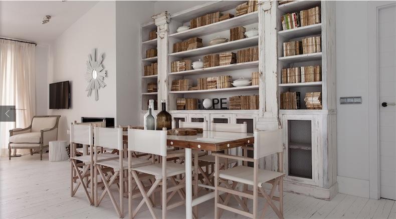 libreria decapada en blanco