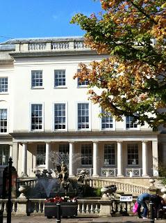 Gallery-Cheltenham-autumn-blue-sky