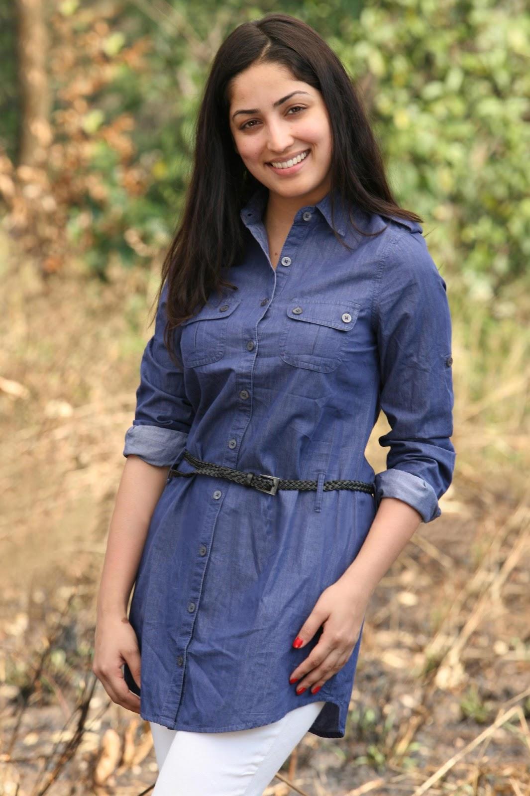 Yami Gautam Hot And Beautiful High Resolution Images Of Bollywood Actresses