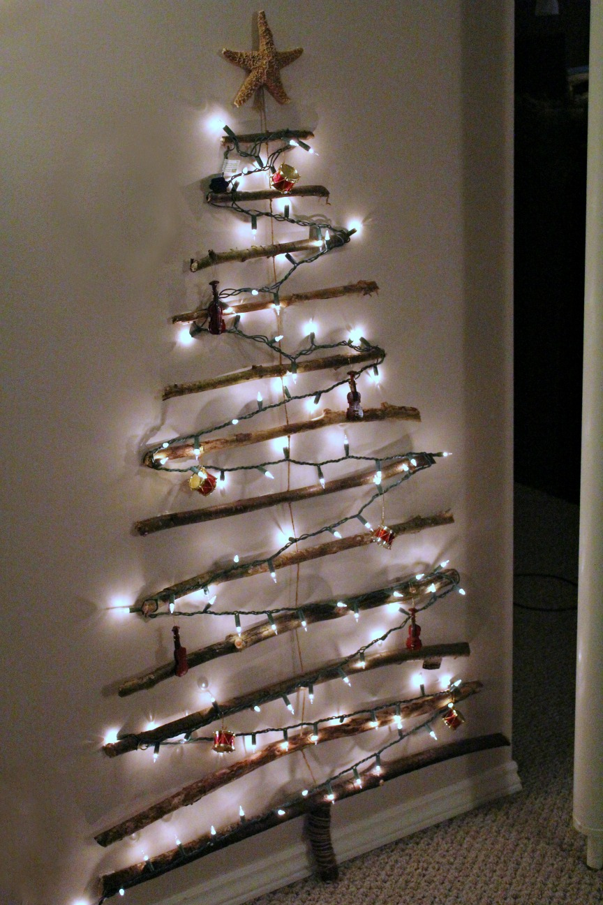 Turtles and Tails: Christmas Tree Off the Wall? No, It s on the Wall!
