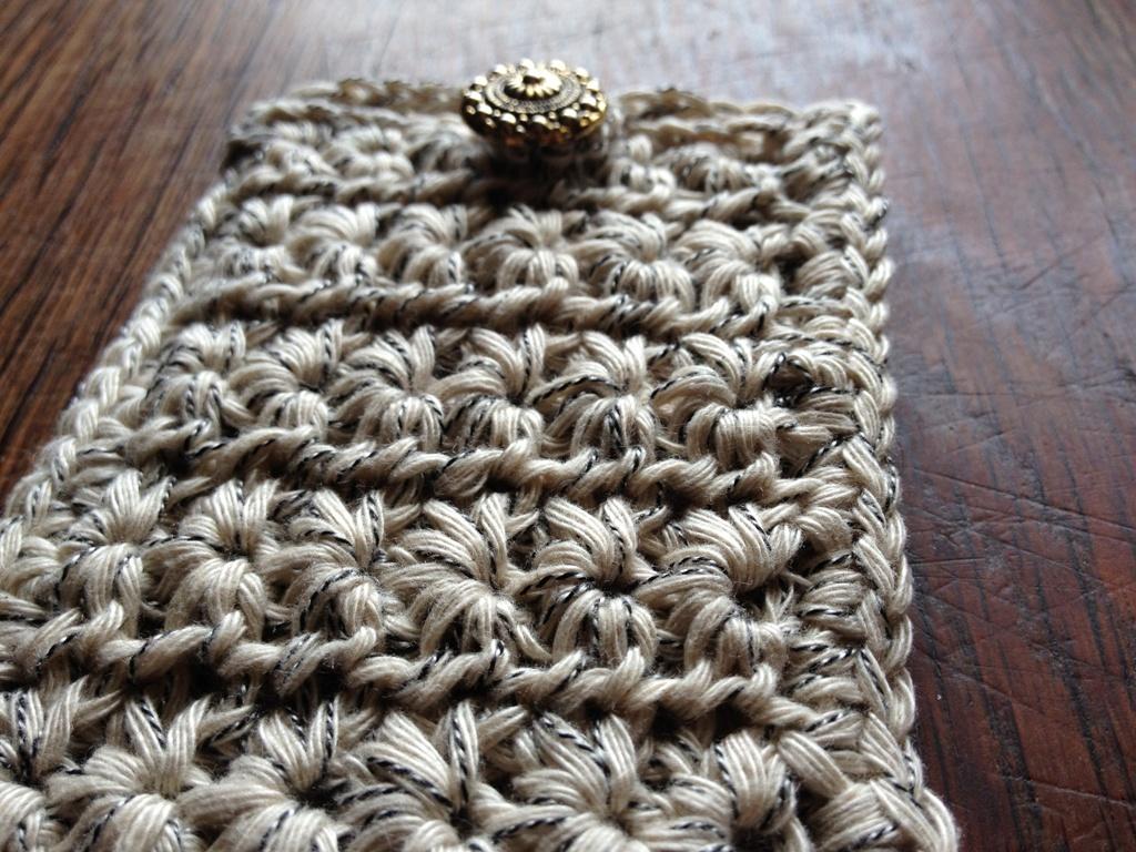 mes r ves de crochet pochettes pour iphone en crochet en coton pour l 39 t. Black Bedroom Furniture Sets. Home Design Ideas