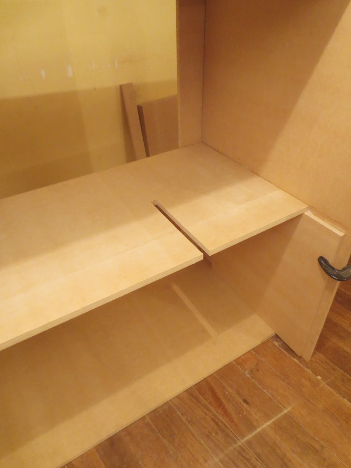Decoraciones Manualidades En Madera: Como Hacer Un Ropero O Closet ...