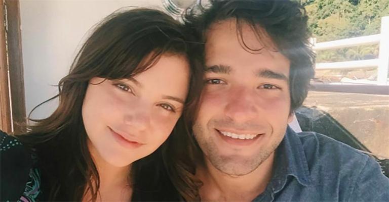 Alice Wegmann se declara a Humberto Carrão: 'História doida que virou a gente do avesso'