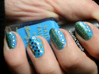 Blue-green-glitter-rhinestones-mani