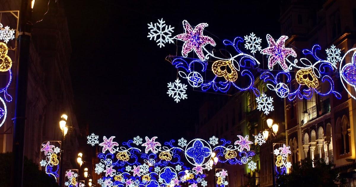 Sevilla daily photo iluminaci n navide a en la avenida de - Iluminacion sevilla ...