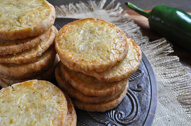 The Ginger Snap Girl: Jalapeno Cheese Crackers