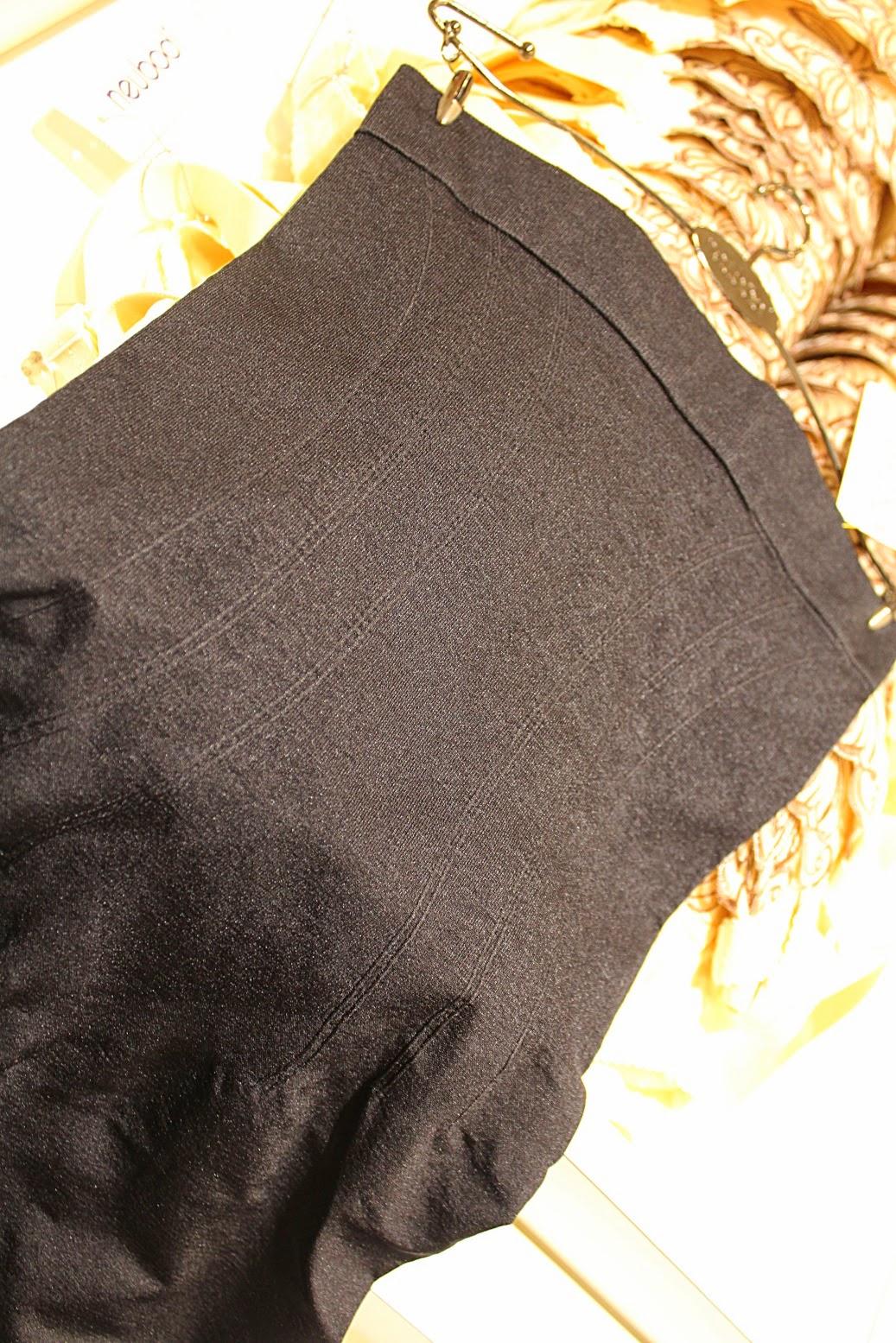 Neubodi Suit Up black leggings front