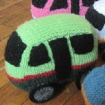 http://www.instructables.com/id/Angkot-Bandung-knitted-amigurumis/?ALLSTEPS