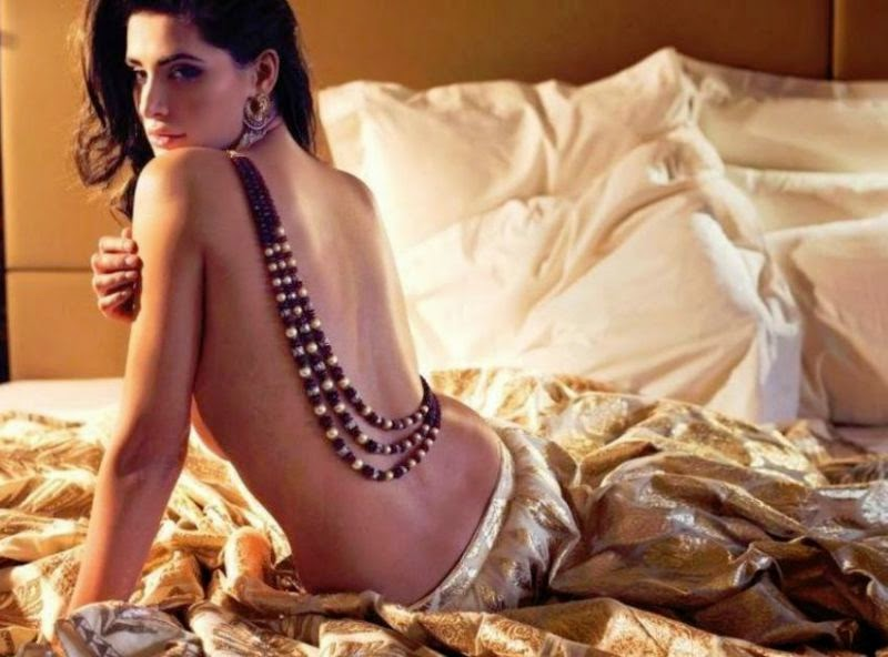 backless on bed Nargis Fahkri's Hottest Unseen Biggest Photo Collection Gallery,Nargis Fahkri Hot Pics