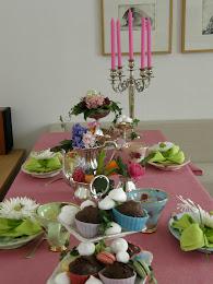 Tårta och blommor