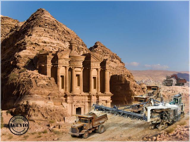 Rocă auriferă la Petra Iordania