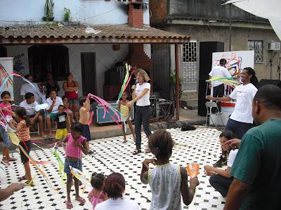 Eine kleine Feier im Kinderdorf