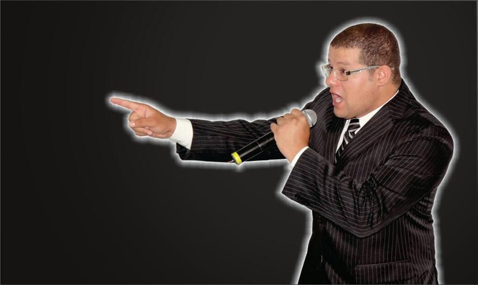Pastor da Igreja Vale da Bênção em Agrestina