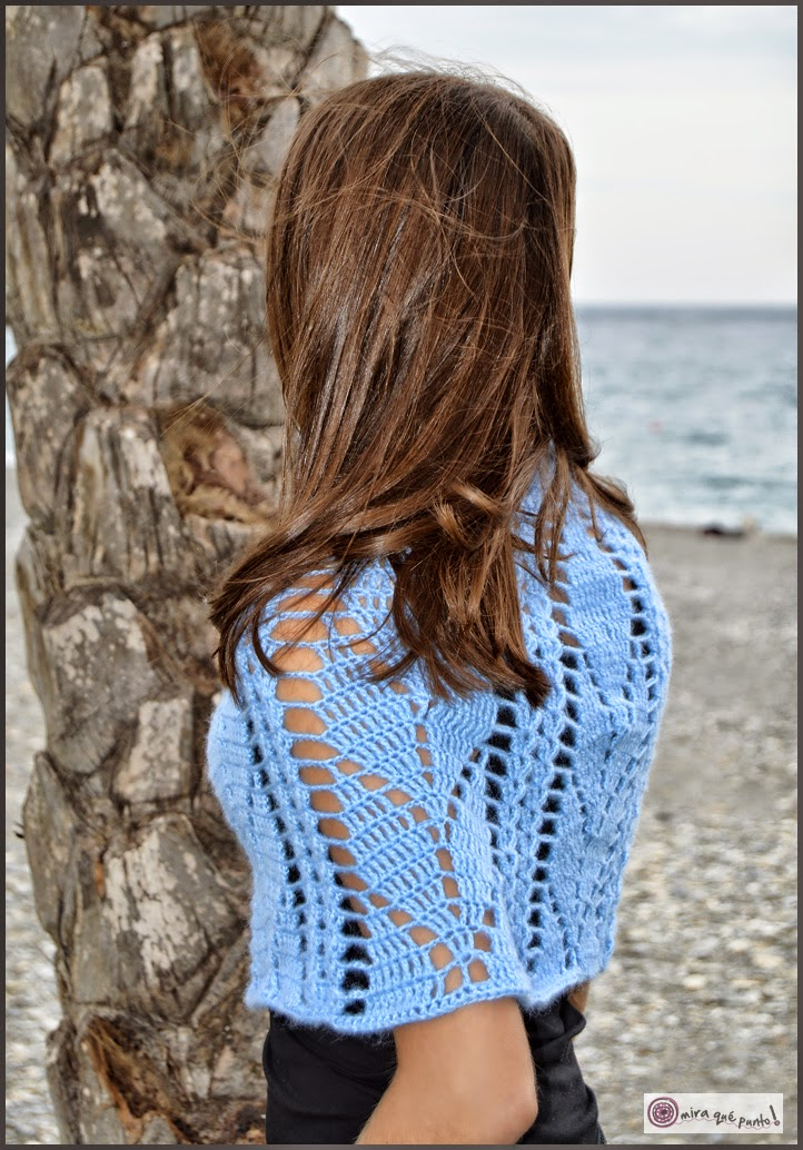 Mira qué punto!: Wish it was Spring- Light blue capelet- Otoño ...