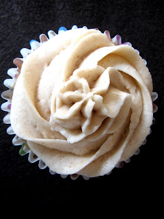 new oct+052a Spice Cupcakes with Cinnamon Buttercream