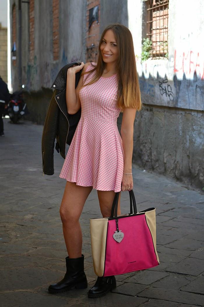 abito vichy bianco e rosa