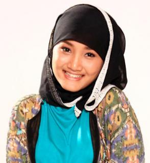 Model Hijab Terbaru Gaya Fatin Shidqia | Tutorial Hijab ...