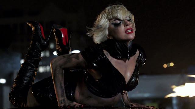 http://2.bp.blogspot.com/-TZV0Ypzp3AI/TvBgXtPCSnI/AAAAAAAAA6g/d0LRFMUgFC8/s1600/17+-+Lady+Gaga+-+Marry+The+Night+%2528Official+Video%2529+3261.jpg