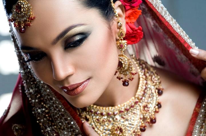 BRIDAL ROMANTIC MAKEUP COLLECTION ENGAGEMENT MAKEUP COLLECTION 2012