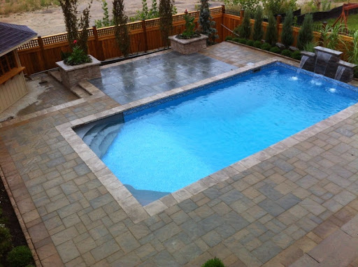 Small backyard pool design ideas for Small backyard designs with pool