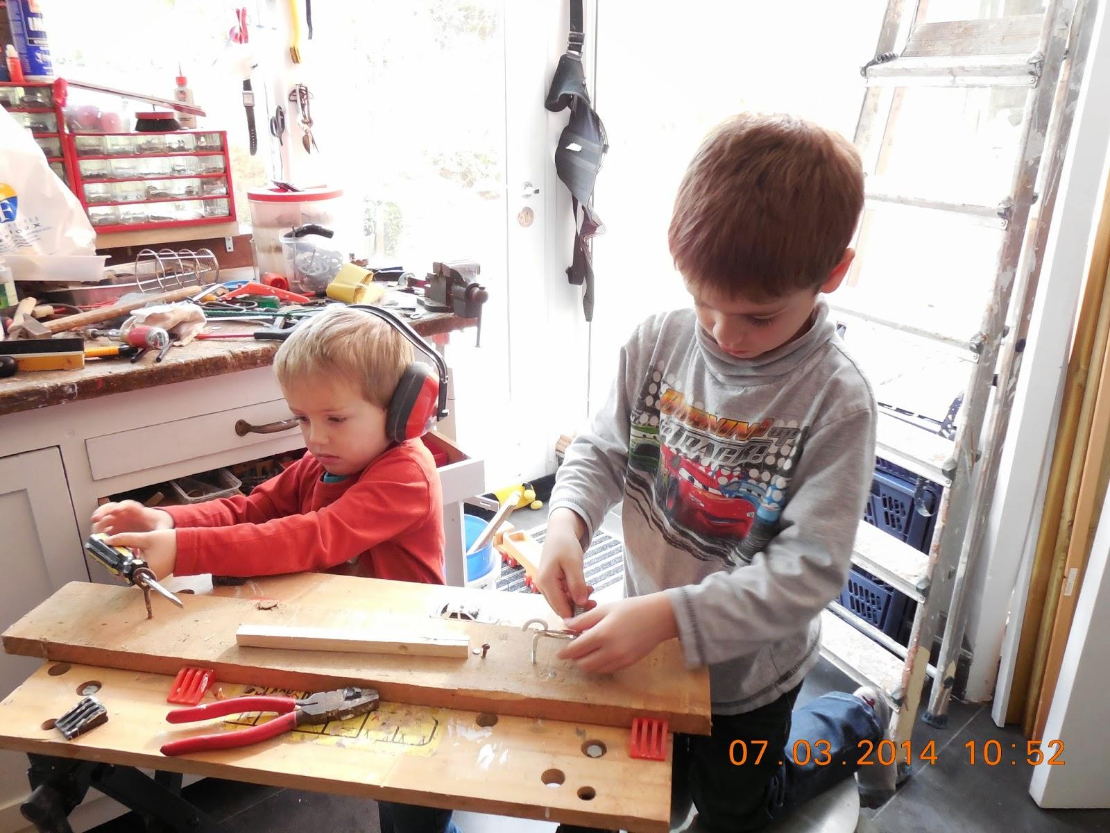 atelier de papy le mur de papy bio table basse wagonnet decauville publi de bonbons ancien. Black Bedroom Furniture Sets. Home Design Ideas