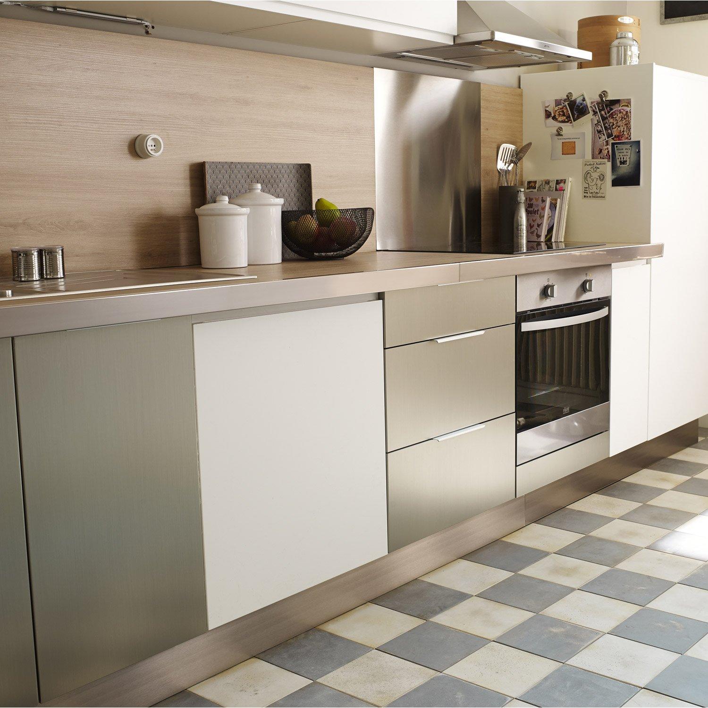 meuble de cuisine d cor aluminium delinia stil myhomedesign. Black Bedroom Furniture Sets. Home Design Ideas