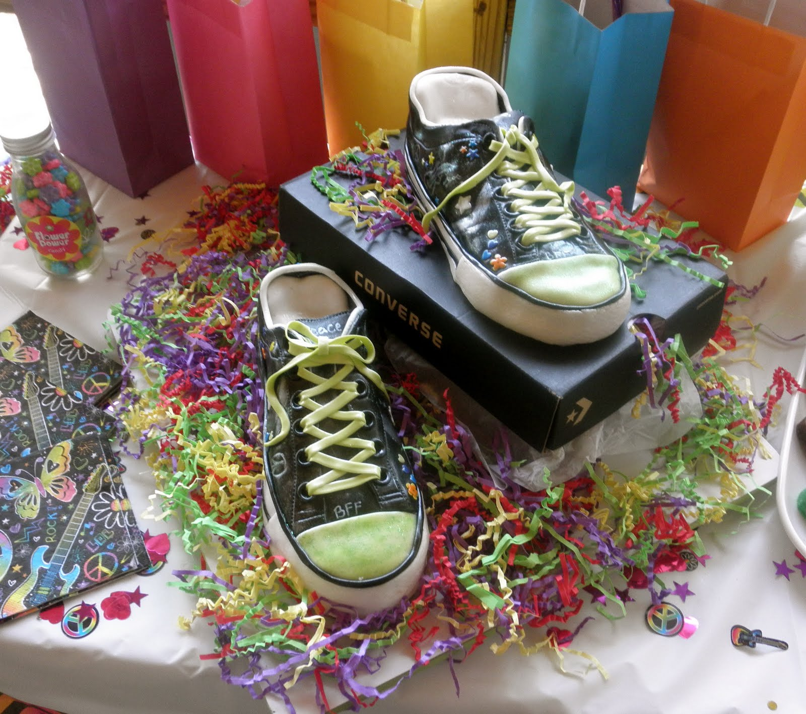 Birthday Cake Designs Shoes : Sweet T s Cake Design: Neon Doodle Converse Tennis Shoes ...
