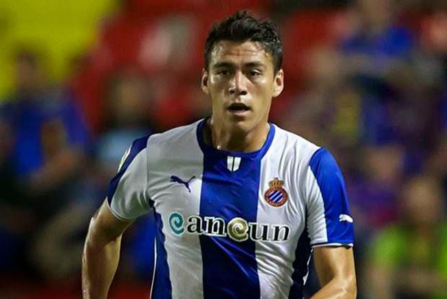 Arsenal le sigue el paso a Héctor Moreno