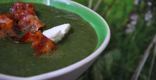Zupa szpinakowa z ricottą