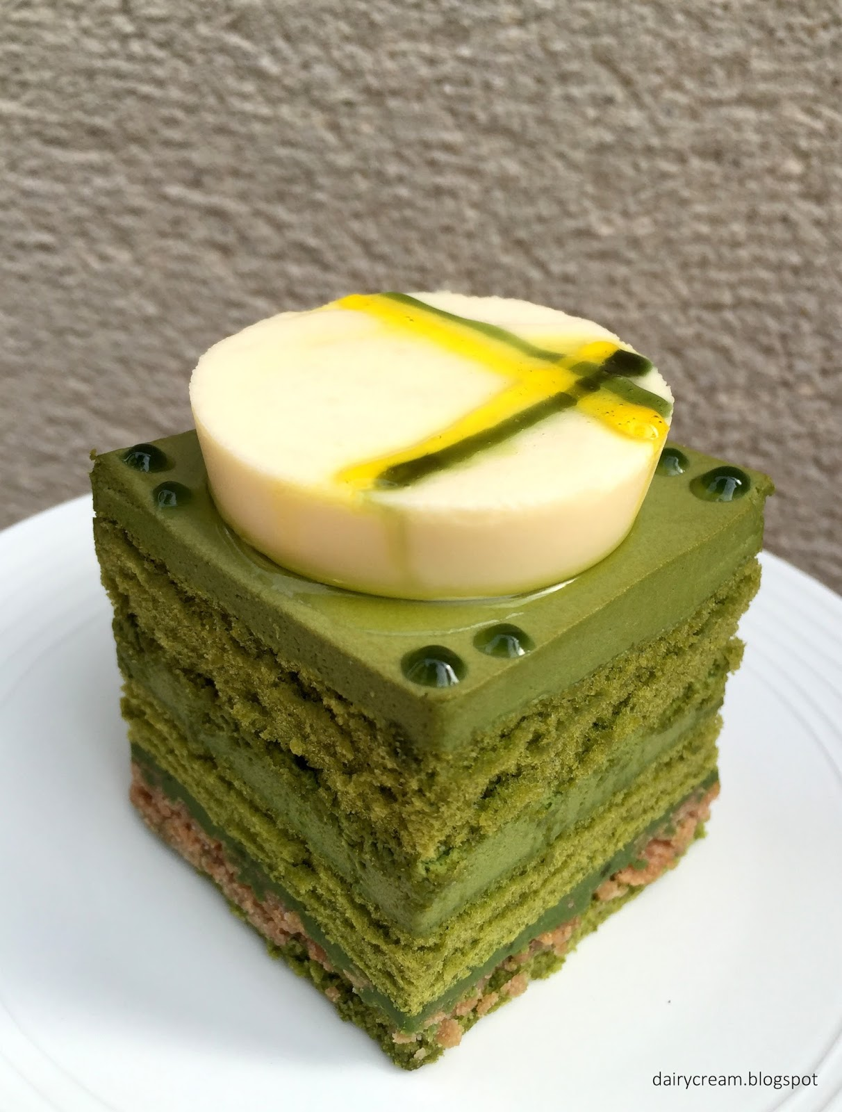 Bavarois Sponge Cake P Ef Bf Bdte  Ef Bf Bd Sucre