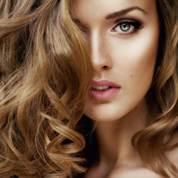 La moda en tu cabello color de pelo para ojos verdes for Color marmoleado para cabello