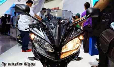 Lampu Depan Yamaha R15
