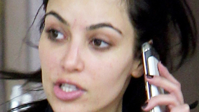 kourtney kardashian no makeup. None of them have on make-up.