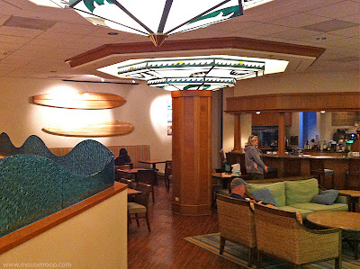 Paradise Pier Hotel Disneyland Resort Surfside Lounge