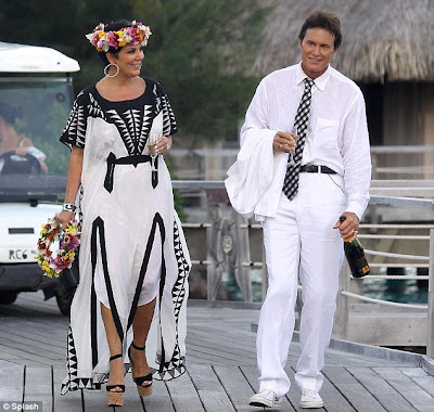 Places Renew Wedding Vows on Family Wore White  Bruce And Kris Jenner Renew Their Wedding Vows