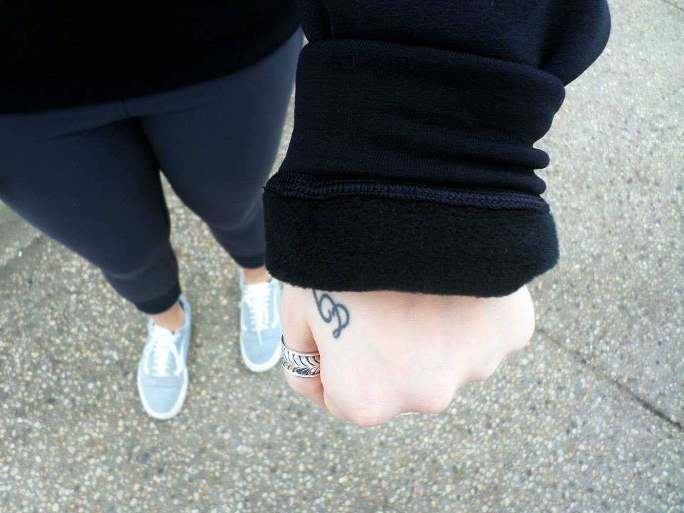 lululemon home stretch crew wrist