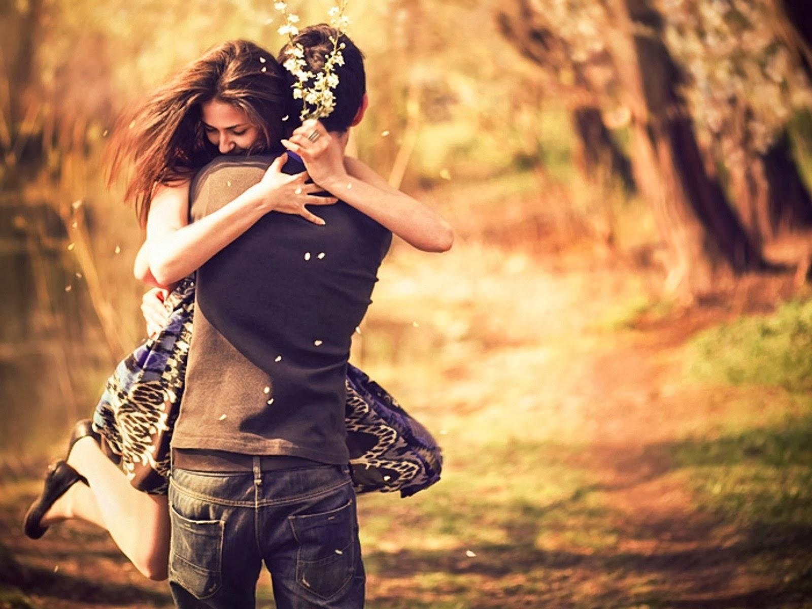 красивая фотография обниающийся пары