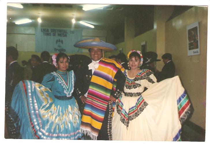 César Rivera - Ciliseo Gran Chimú - Trujillo Perú - 2da. Festival de Mariachis - 1994