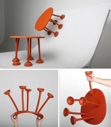 Original mesa-taburete que puede pegarse a las paredes