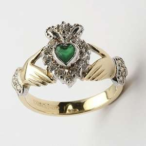 Two tone claddagh wedding rings