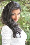 Ishitha Vyas sizzling pics-thumbnail-10
