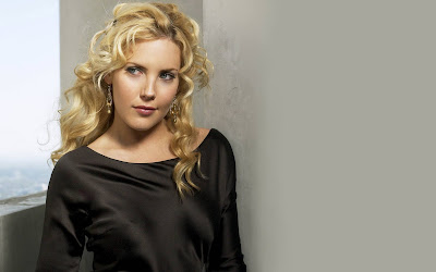 Mercedes McNab looking beautiful wallpapers