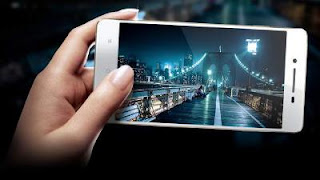 Harga Oppo Smartphone R1