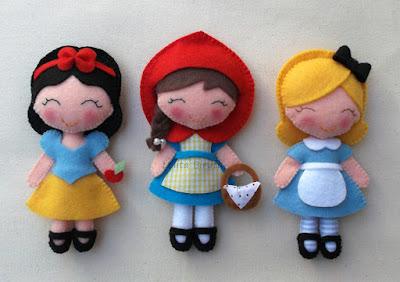 Personagens infantis em feltro para lembrancinha