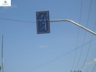 Semáforo instalado na antiga rotatória do Rubão.