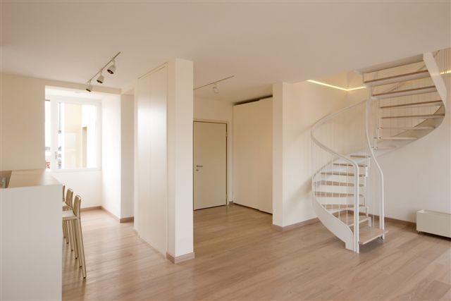 Appartamento attico anni 39 30 michele gambato architetto - Arredare casa con parquet ...