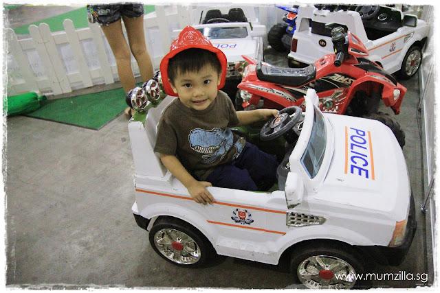 home team singapore expo police scdf mumzilla ashton tan tian yang
